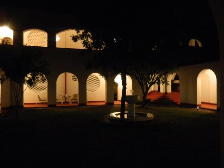 the-courtyard-by-night